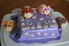 Zhu-Zhu Pet Cake - 2011