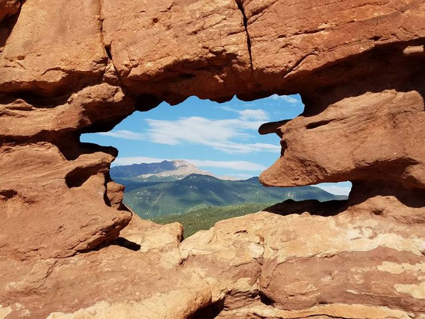 Garden of The Gods/Pikes Peak