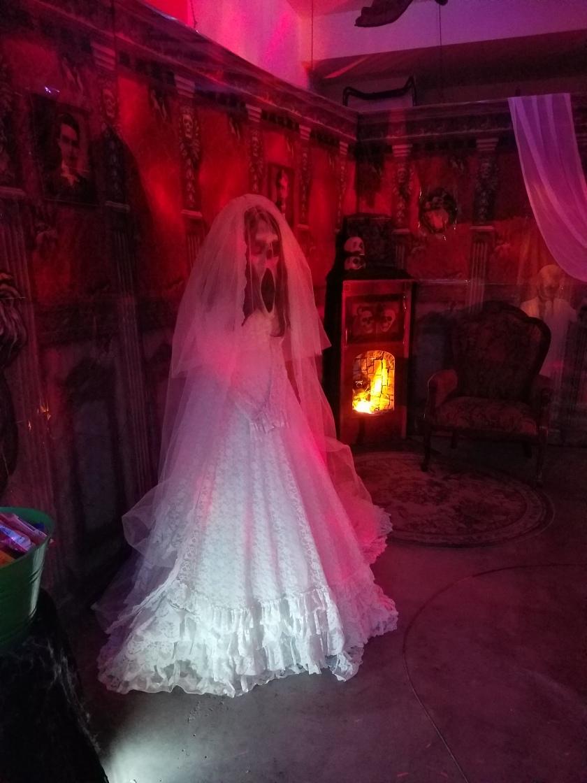 Halloween Garage - 2017