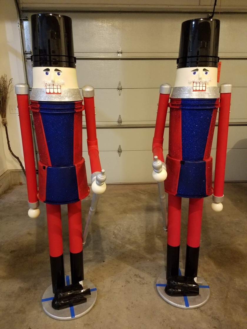 Giant Nutcracker Project - Attached Heads & Hat