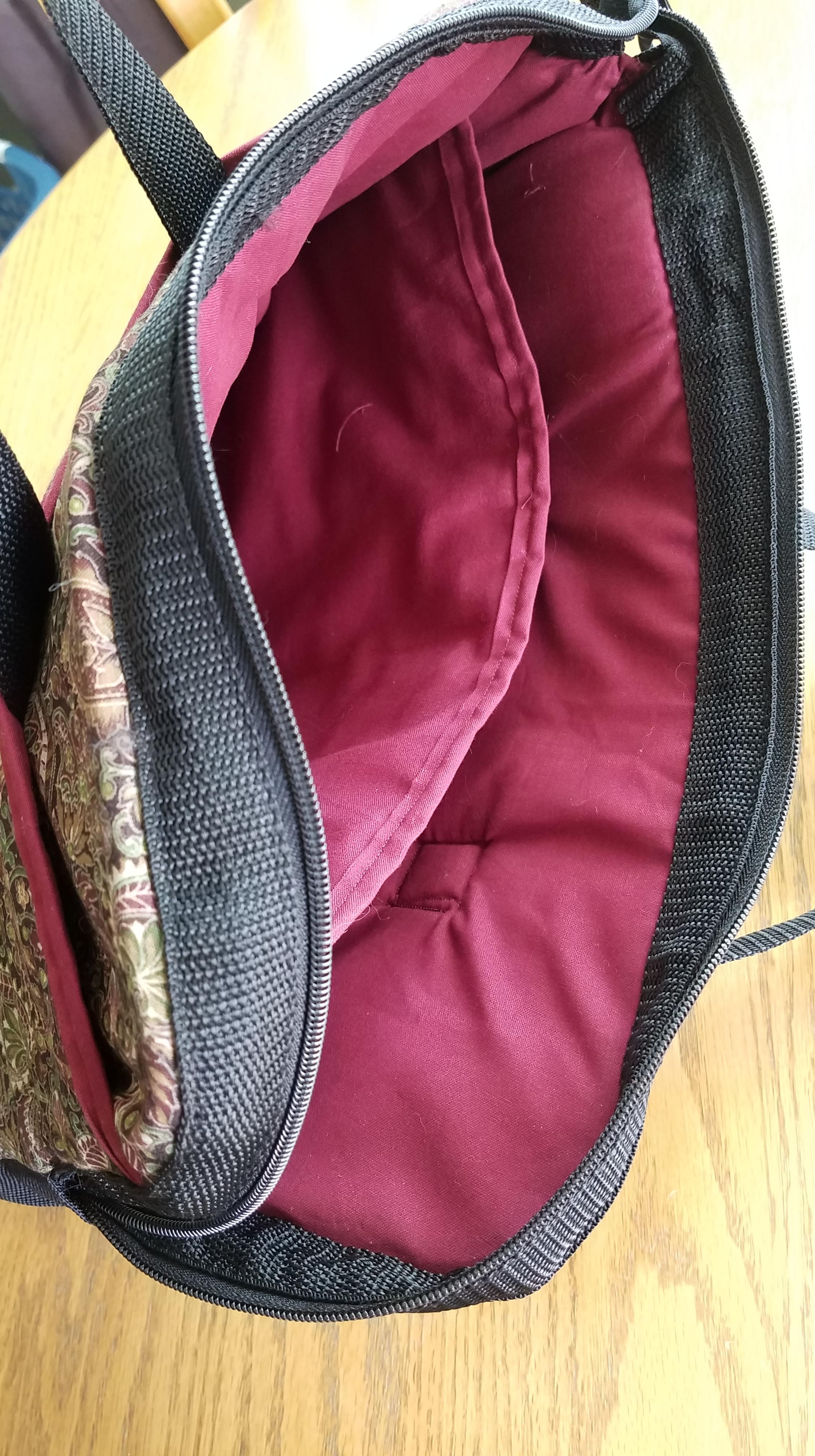 Laptop Bag: Finished Inside