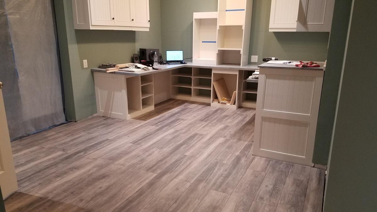 Craft Room Project: Finally!Floor!